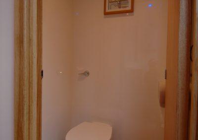 Mid Deluxe White Moible Toilet Unit 4