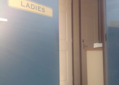 Large Luxury Blue Mobile Toilet Unit 5
