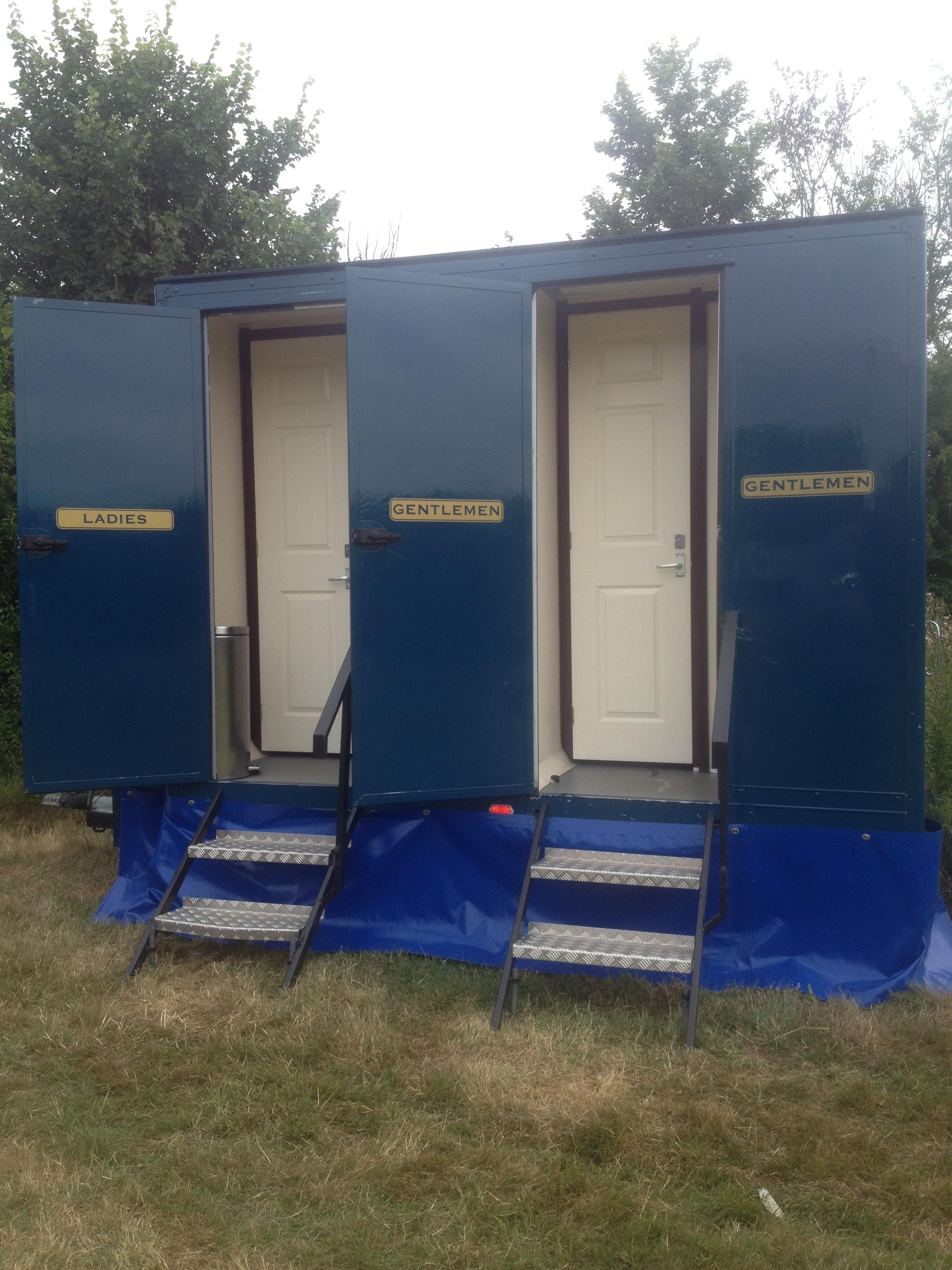 Mid-Blue_toilet-Unit-3