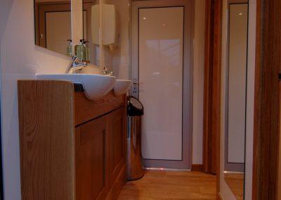 Mid Deluxe White Moible Toilet Unit 1
