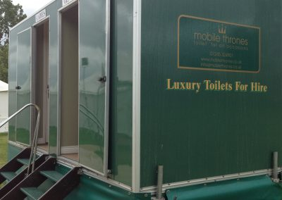 Mid Deluxe Green Mobile Toilet Unit 6